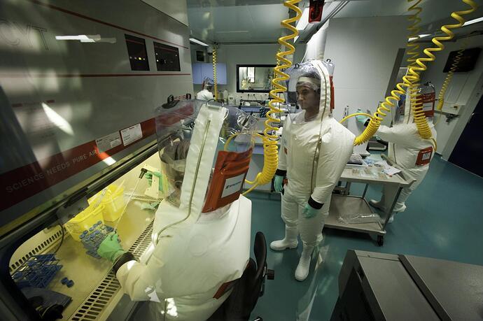 Tenue laboratoire P4 - inserm_45523